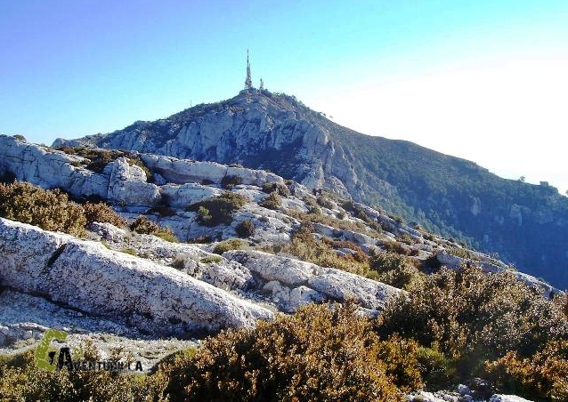 Con el senderismo disfrutaremos de la subida al Mont Caro