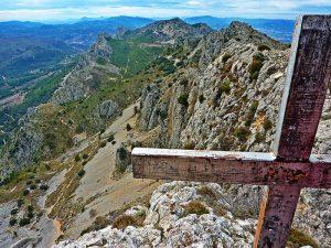 cruz en la cima del Pla de la Casa