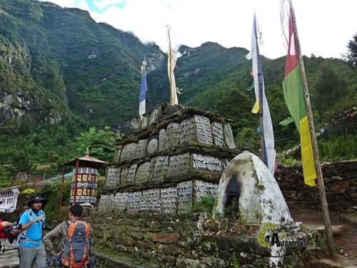 Mani stones en Nepal