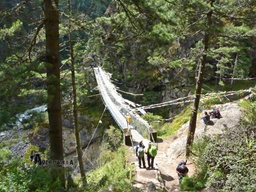 Puente más alto en el Kumbu