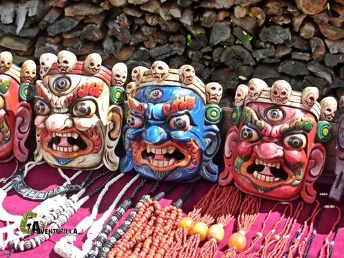 Souvenirs en el treking Campo Base