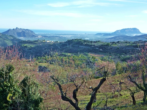 El Montgó y sierra Segaria