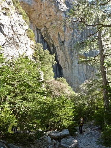 Pasadizo entre rocas