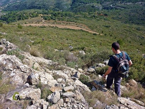 Bajando de la cresta del Ferrer