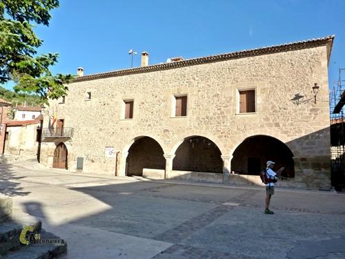 Plaza en El Castellar- Teruel
