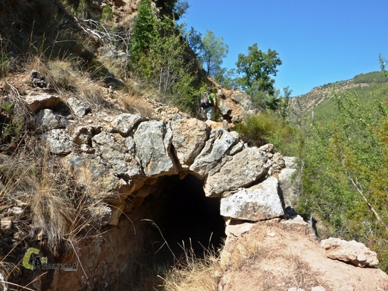 túneles en la acequia