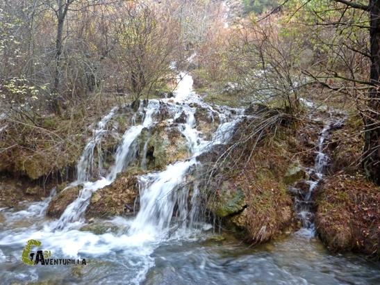 muchos nacimientos de agua brotan de esta ladera
