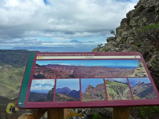 Vistas del Teide desde un mirador de La Gomera
