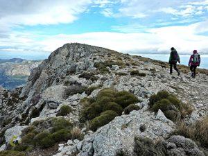 senderismo en la sierra de Aitana