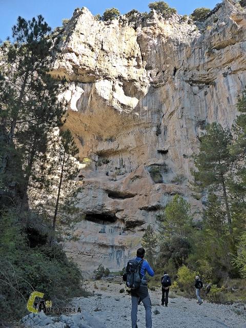 Roca del Corb en la Rambla Celumbres