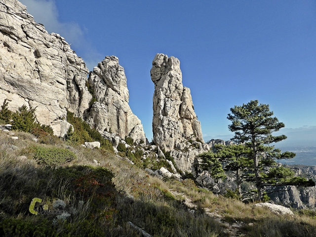 Llegando a la Roca Contadora