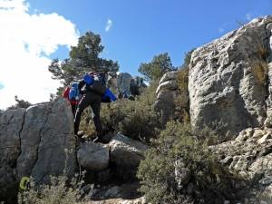 pasos rocosos en la Mariola