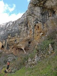 Cuevas de la sierra Mariola