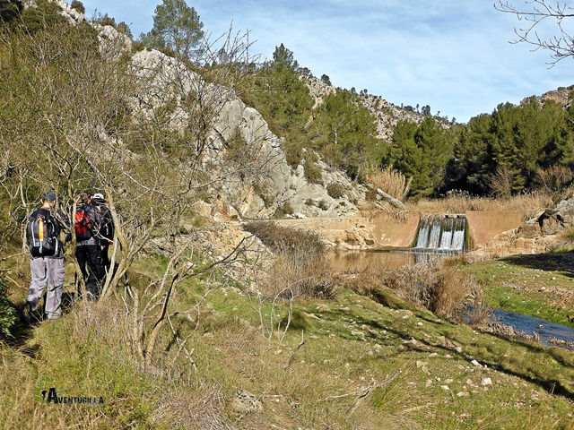 Presa en el río Magro