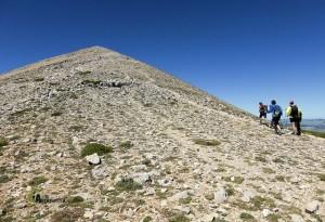 Hacia la cima de la Sagra