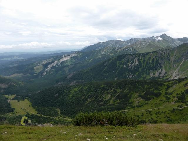 Hacia el Pico Kondradzka kopa