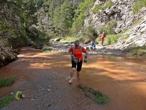 cruzando el río Mijares