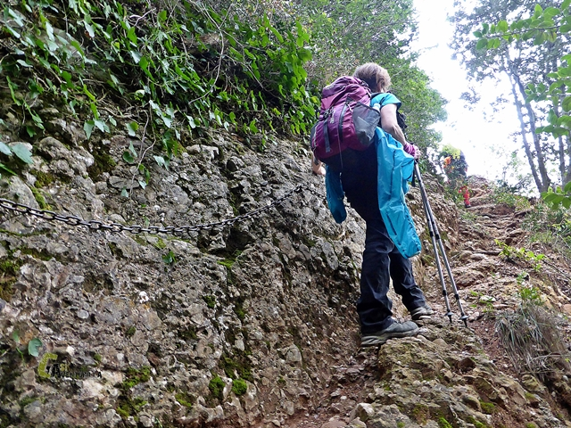 senderismo en la sierra de Montserrat