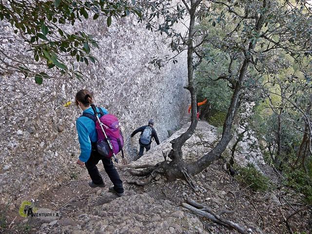 descenso por roca en Montserrat