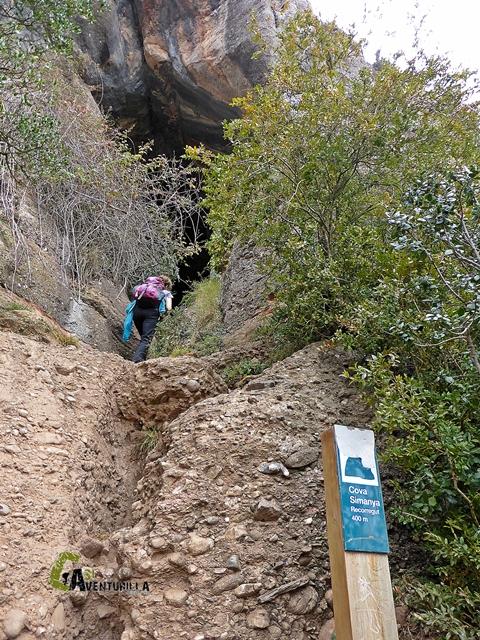 La Cova Simanya