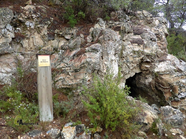 Cova del Mateva en el Montsant
