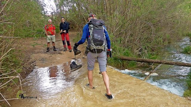 Cruzando el río Cabriel