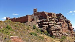 recorrido alrededor del castillo de Peracense