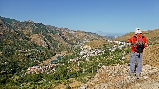 Güejar Sierra y el embalse de Canales