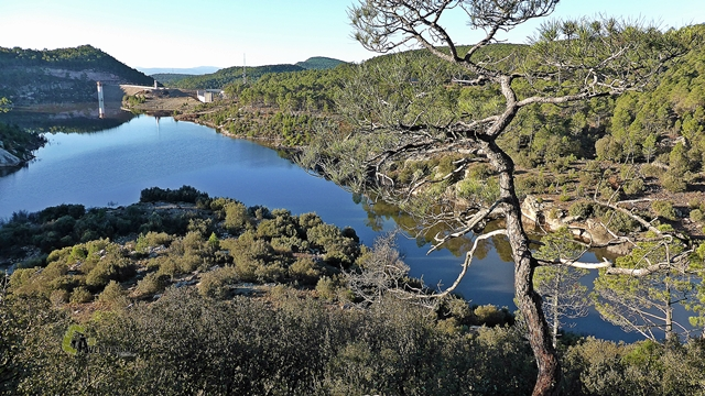 Vistas del embalse de Mora