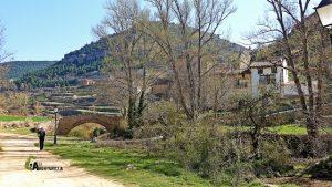 puente medieval en Linares de Mora