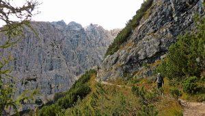 sendero hacia el lago di Sorapís