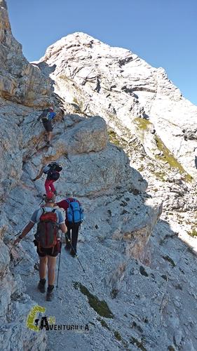 Paso equipado en Dolomitas