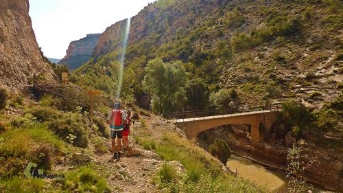 Puente de la presa de Aliaga