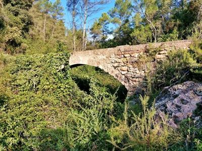 Acueducto en Montán