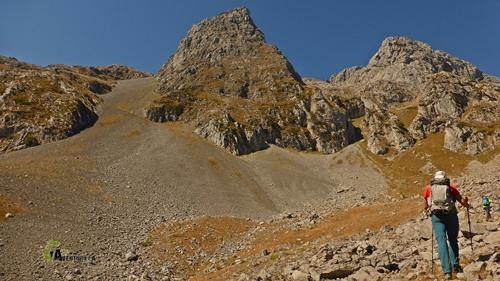 Hacia los picos de Mampodre